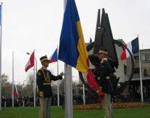 Băieții care ne-au băgat în NATO